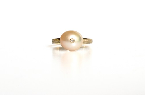 Žiedas su perlu ir deimantu